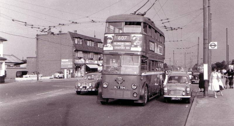 607 trolley bus