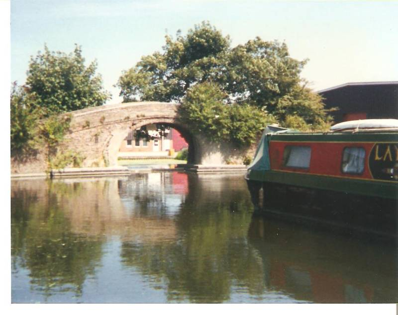 Canal Basin at Cowley Peachey 1995