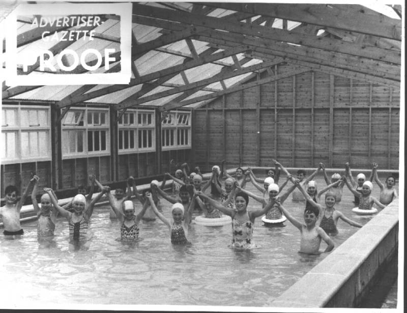 Swimming_pool_4