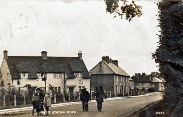 Postcard_Hayes_Station_Road_eBay