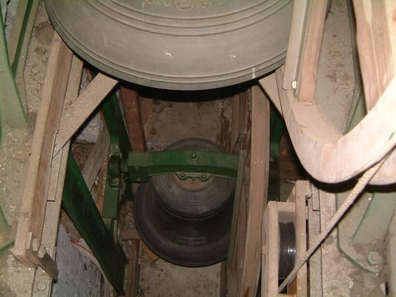Bells_Looking_Down1