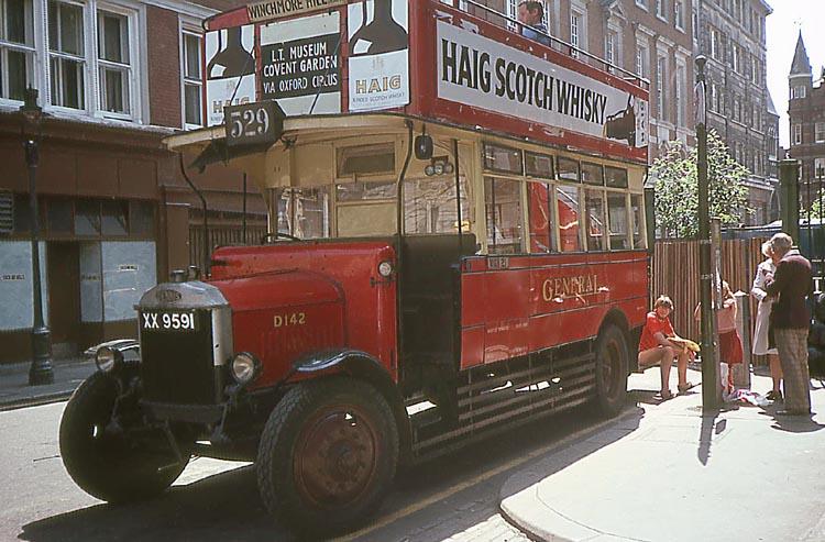 007_June_1981_Vintage_Bus
