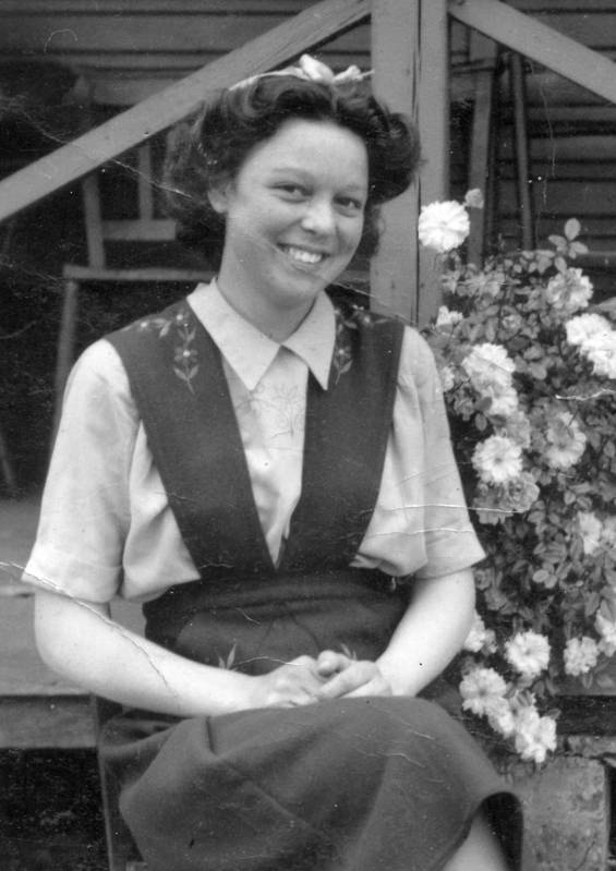 Maureen Field outside Nestles Sports Pavillion c1949