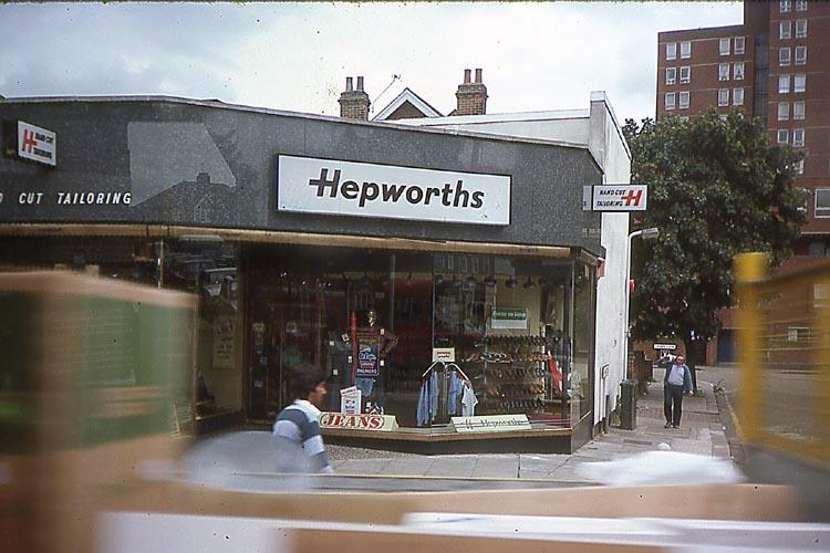 006_June_1981_HAYES_Hepworths_on_Station_Rd