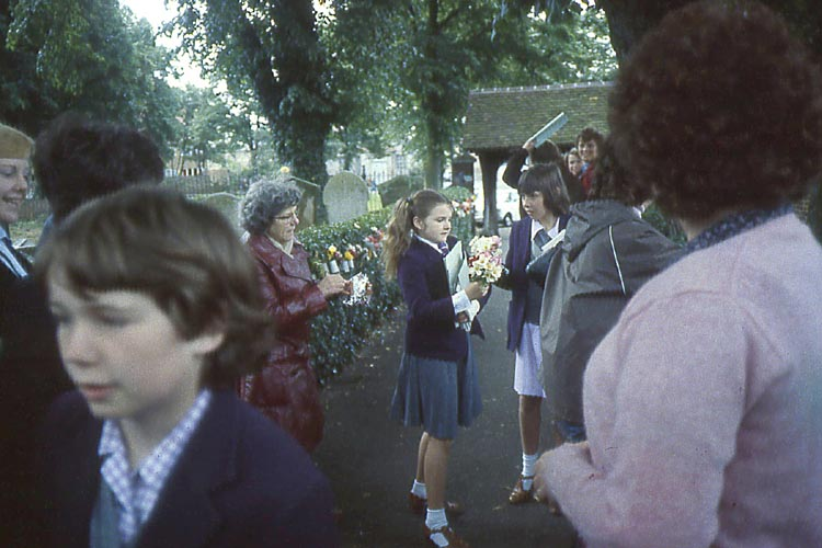 007_June_1981_St_Mary_s_Church_Pupils_Placing_Flowers