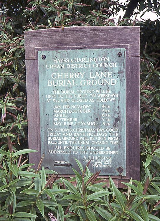 012_June_1981_Cherry_Lane_Burial_Ground_sign