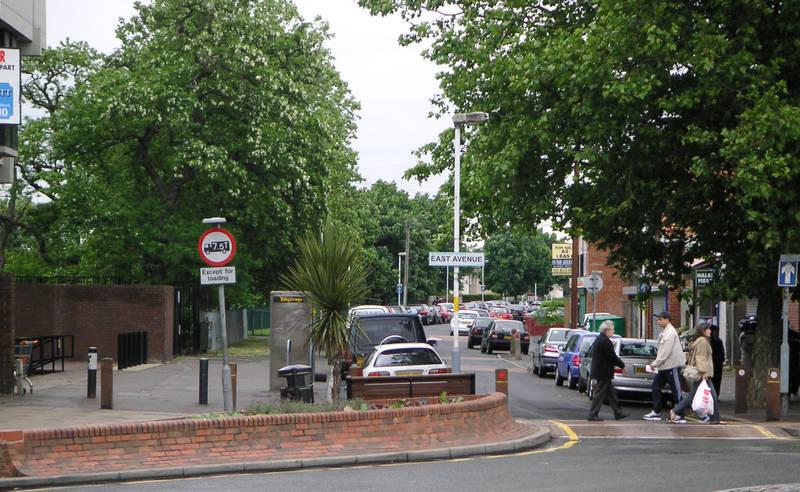 1 June 2005  East Avenue is No Longer a Two-Way Street