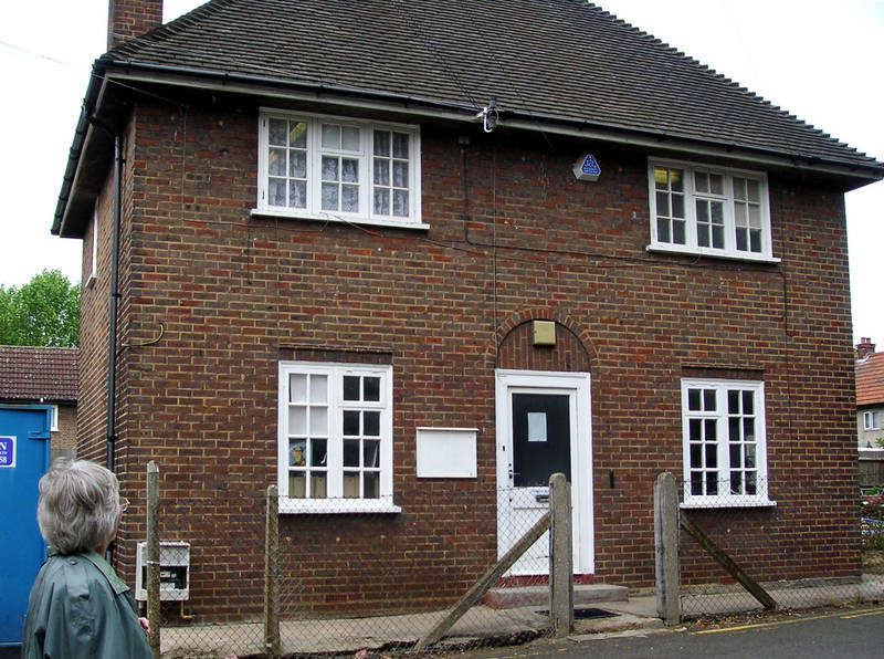 1 June 2005 The Former Caretaker's House for Townfield School